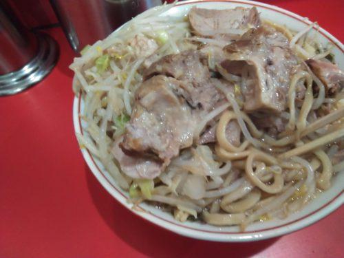 ラーメン二郎千葉店、豚